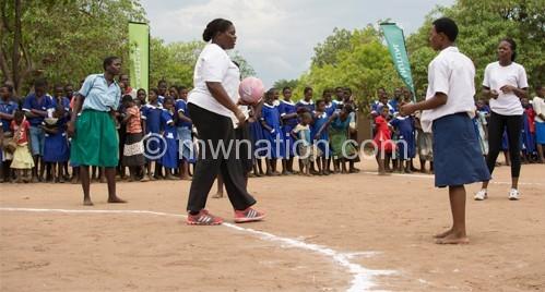 Waya (2nd L) drilling young girls in Chikhwawa in December
