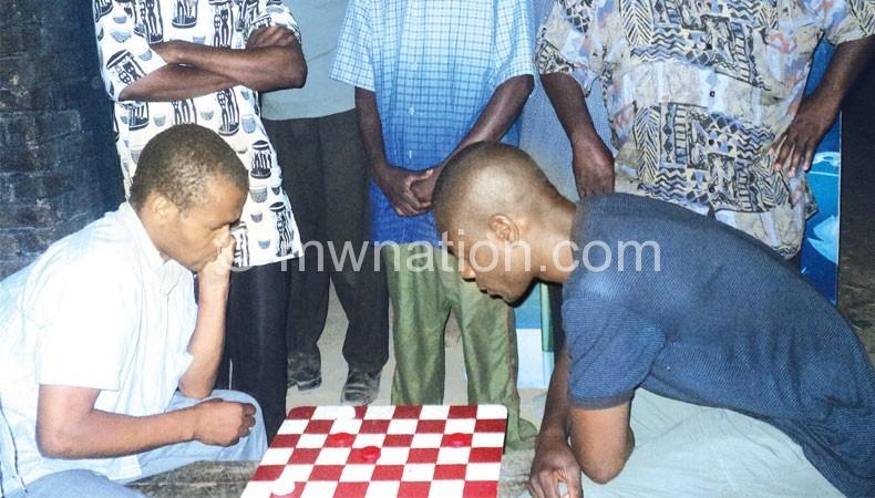 Chikondi Matope (L) taking on Levison Simbi