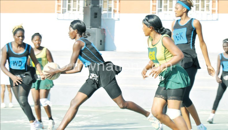 Part of the action between Diamonds and Tigresses