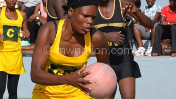 Giants in easy Rainbow Paints Netball victories