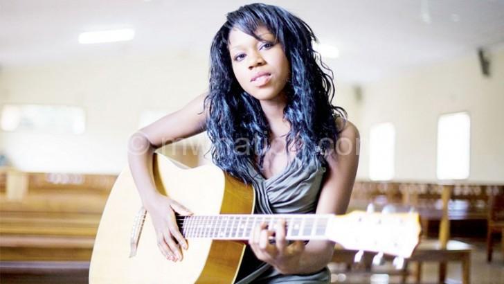 Mada Ngoleka cuts Xmas song
