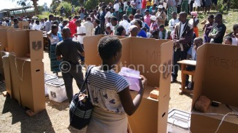 Malawians discuss peace  ahead of 2019 polls