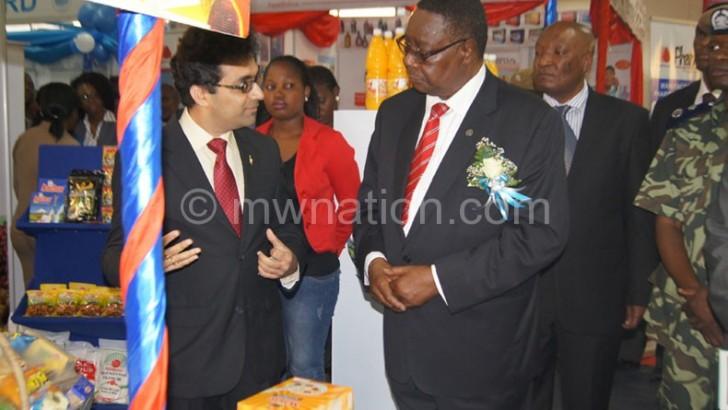 Int'l trade fair in limbo