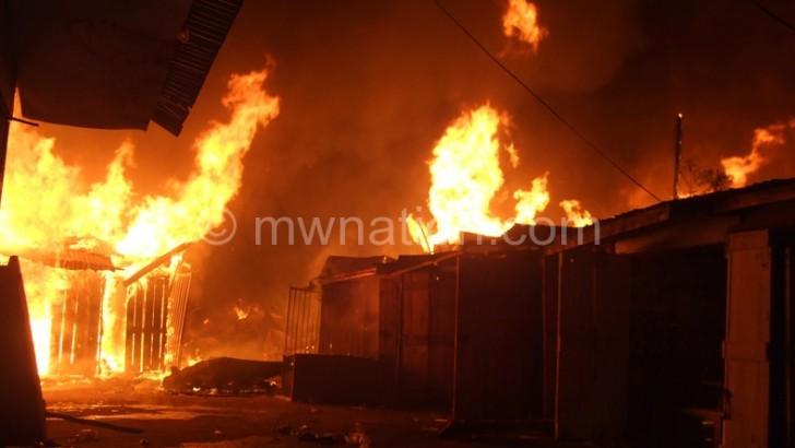 Fire guts Kamuzu Road market