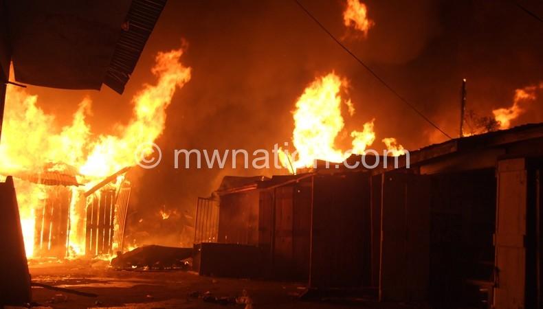 mzuzu-market-fire2