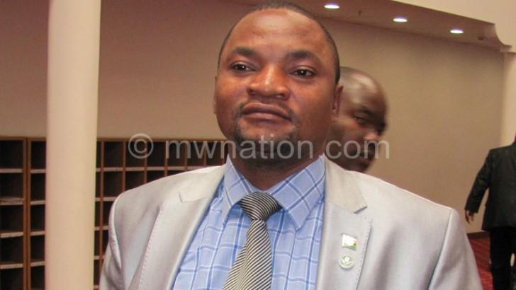 Mutharika visits North amid calls for breakaway