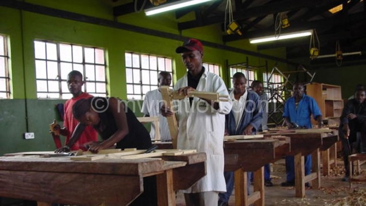 Skilled workforce key to lure investors—Mutharika