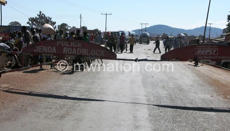 Roadblock ya Jenda: Malire a zigawo zina ndi kumpoto