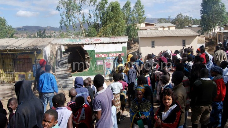 Mayhem in Mbayani after boy's mysterious death