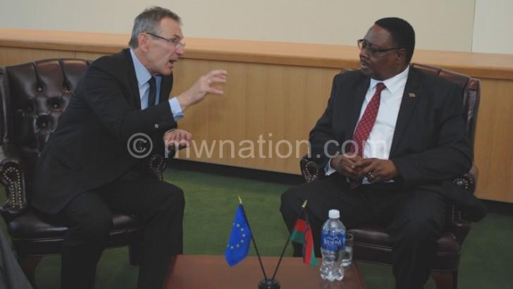 EU hints at resuming aid to Malawi