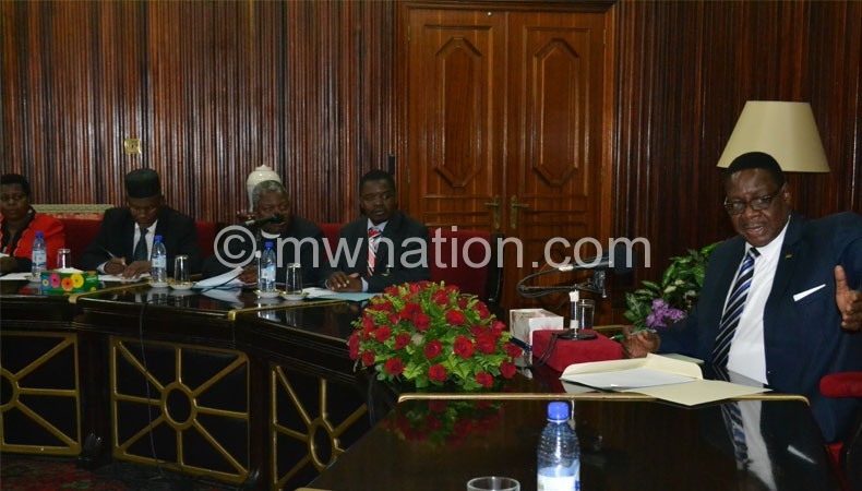 Mutharika at the meeting with PAC representatives