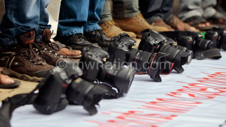Journalists free to take pictures—Deputy IG