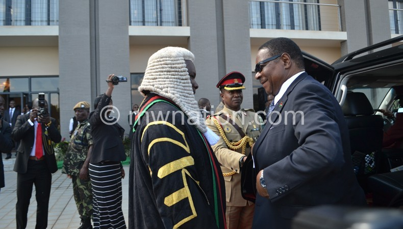 Welcome Mr President: Speaker of Parliament Richard Msowoya meet Mutharika on previous session