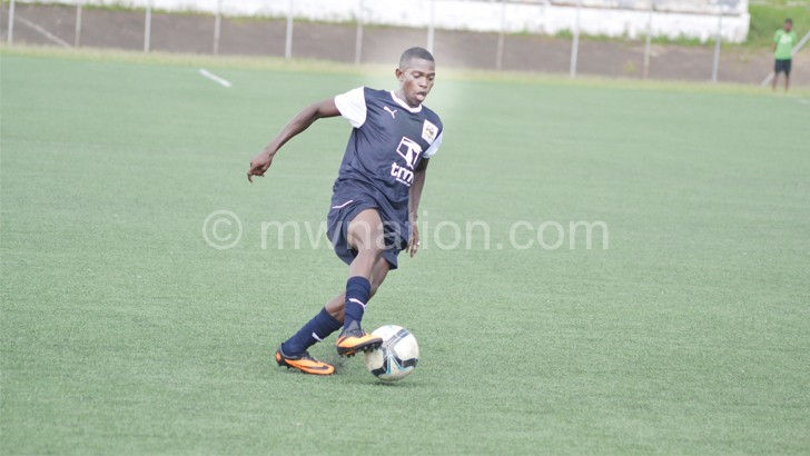 Joins Cosmos from Eagles: Mhone
