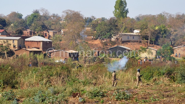 Police in running battle with the hospital land encroachers