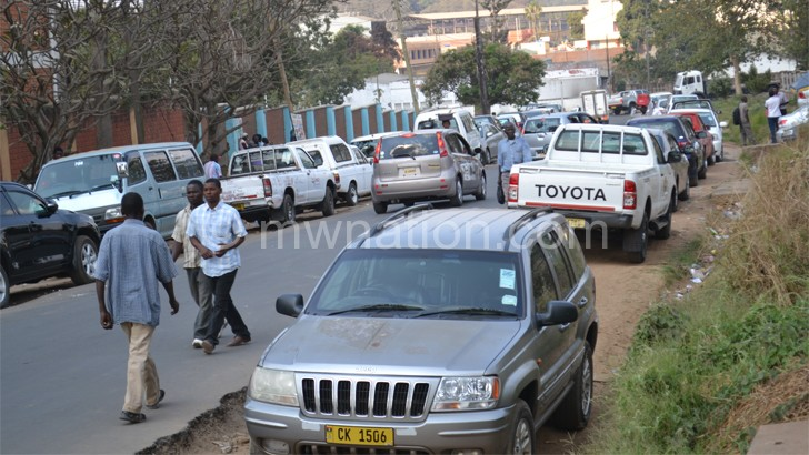 Motorists still queue for hours to get services at DRTSS in Blantyre