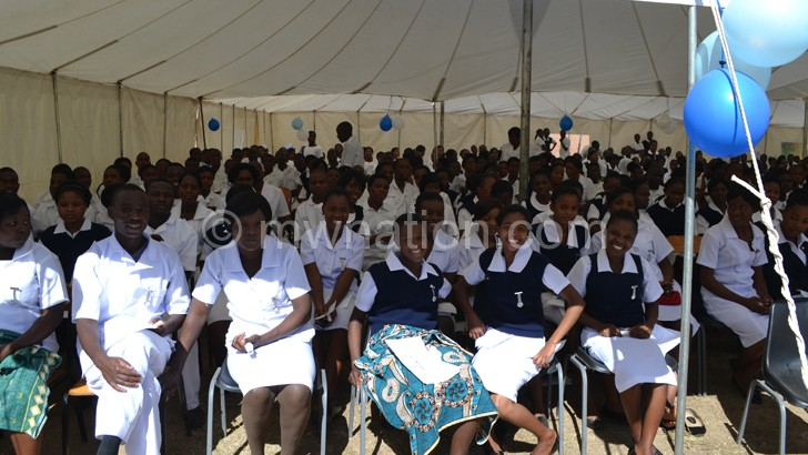 Over 3 000 nurses 'dumped'