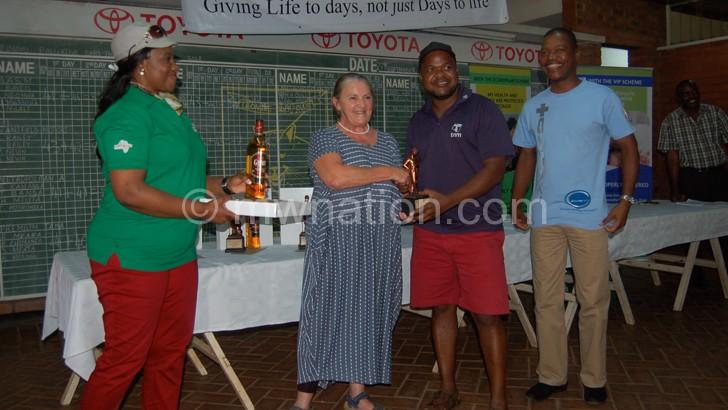 Masm wins charity golf tourney