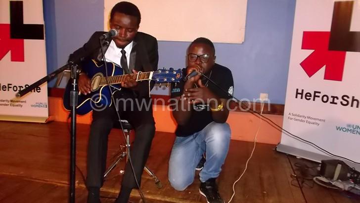 Gwamba performs alongside Namadingo at the event