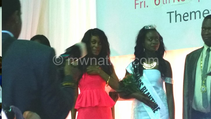 The newly crowed Miss Blantyre Machelo (centre)