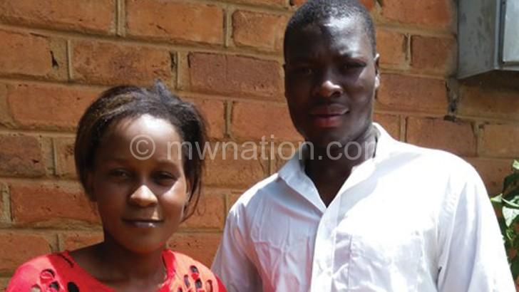Adayanjana magazi: Queen ndi Felix Mwamaso