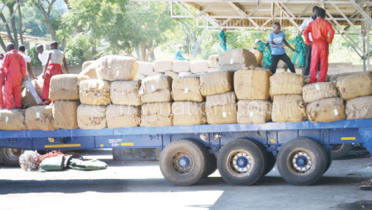 Tobacco growers blamed for bribes