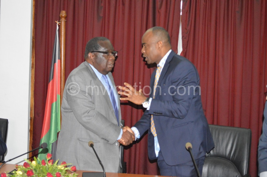 Exercise caution: Williams (R) seems to be telling Gondwe