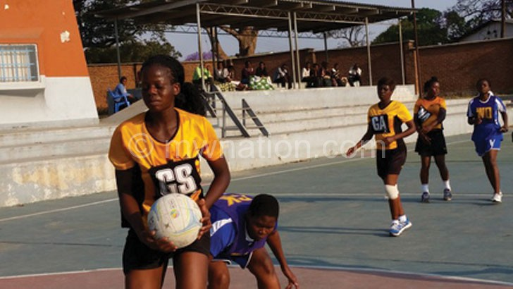 Tigresses' Sindi Simtowe (L) in action