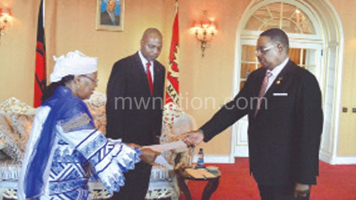 Welcome: Mutharika receives letters of credence from Niger Ambassador
