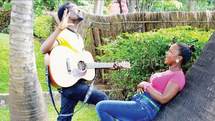 Faith Mussa kuimbira namwali wake kanyimbo kachikondi