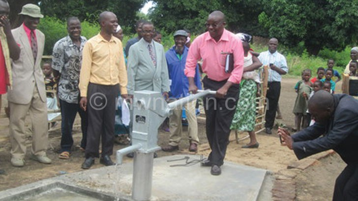 Longwe testing one of the boreholes