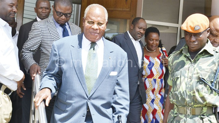 Muluzi leaves court aftet adjournment yesterdayK34.2