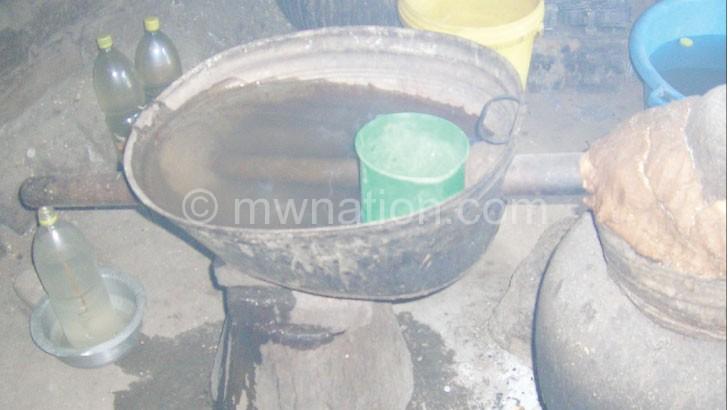 Kutcheza kachasu: Mowawu umalengula kupanda kuudyera