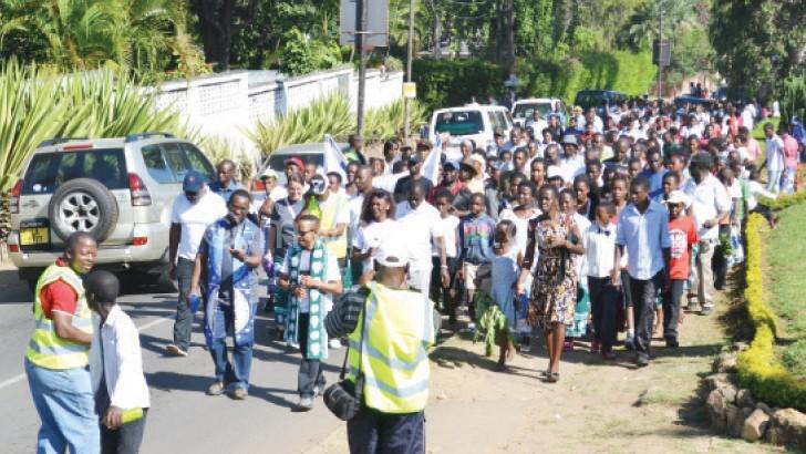 Mawaya (L) and Chalamanda lead the Big Walk