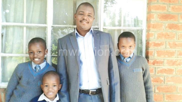 Kwimbira-Mzika 's family