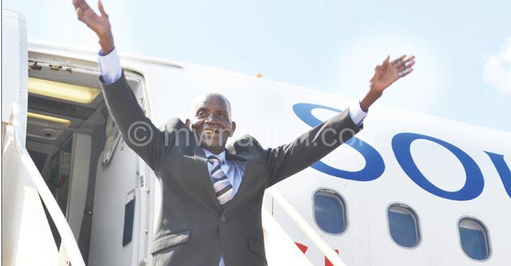 Bye bye: Giddes waving to admirers