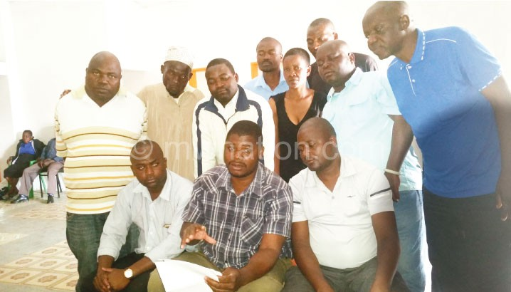 Kaliapa (sitting centre) outlining the contents of the letter during the  press briefing yesterday