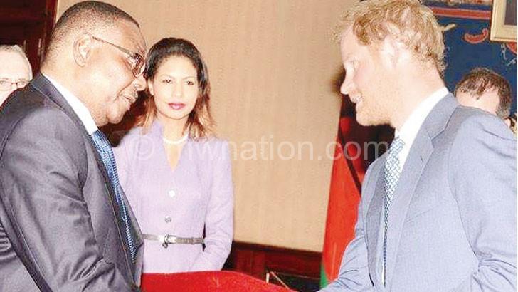 Mutharika greets Prince Harry at Kamuzu Palace on Wednesday