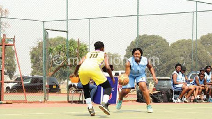 Bravehearts' ladies team (in blue) in action against University of Zimbabwe