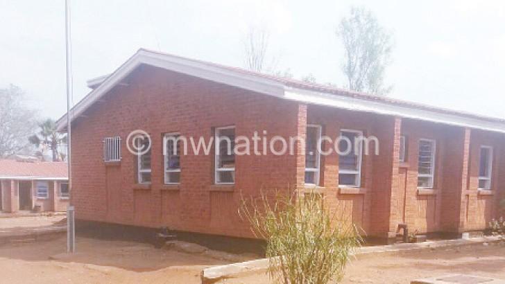 The idle Chikowa Health Centre