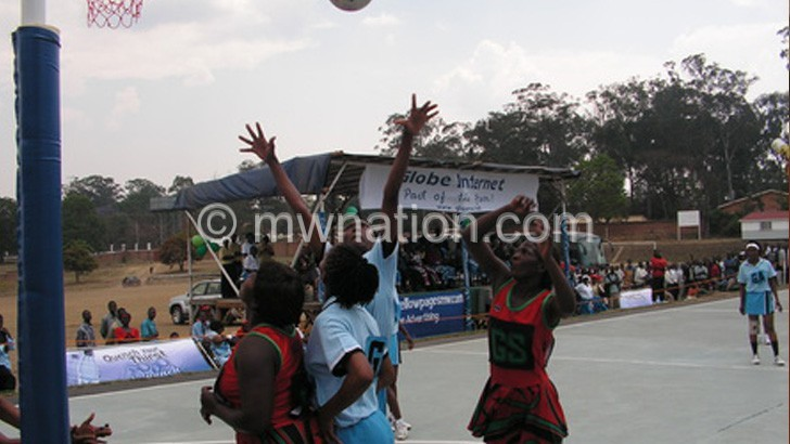 Queens (in red) playing Botswana in Cosana Cup