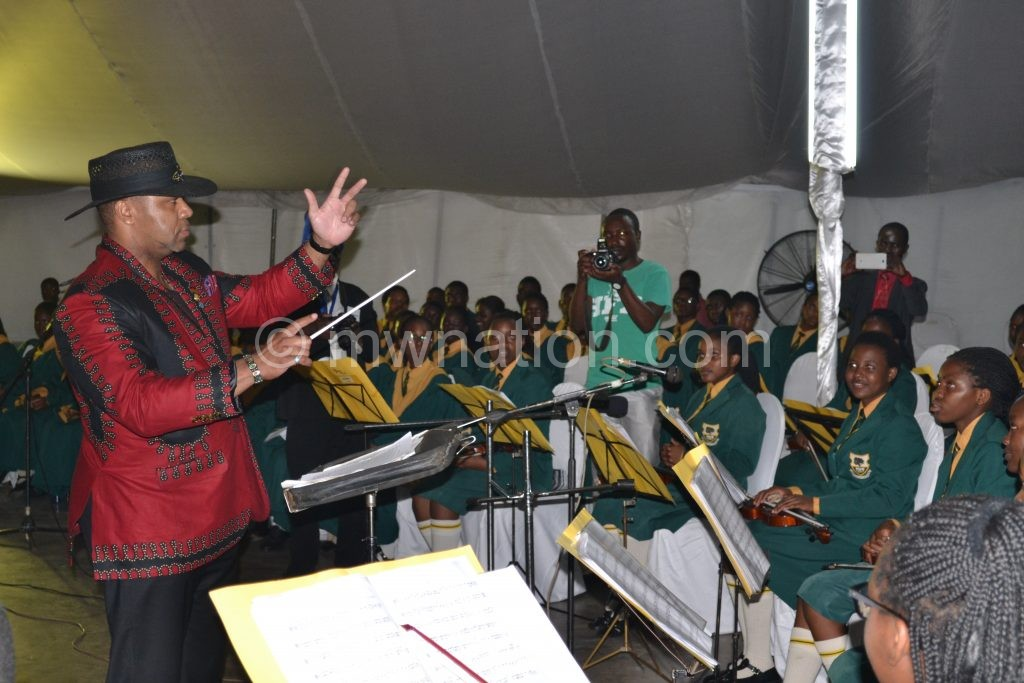 Chilima leading the concert