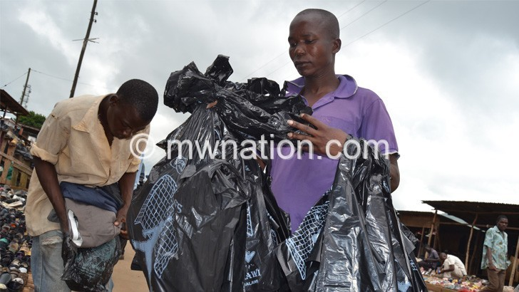 Govt starts thin plastics disposal