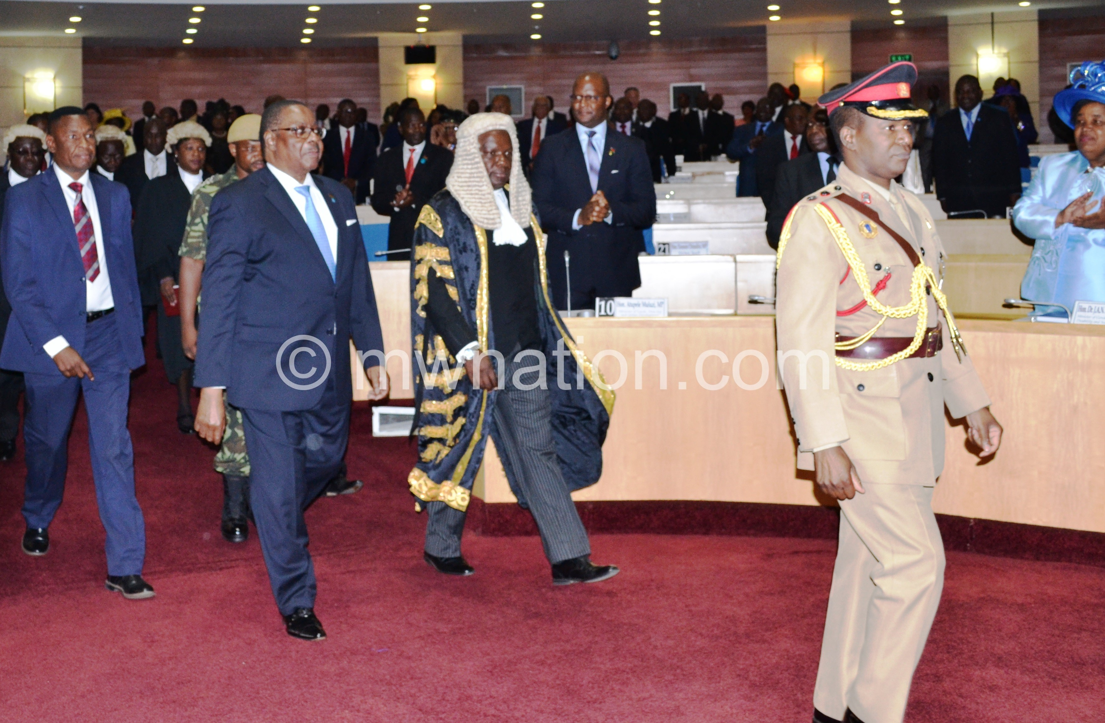 APM and Speaker Msowoya arrive in Parliament | The Nation Online