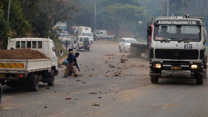 Pupils riot: 23, including 9 pupils, arrested