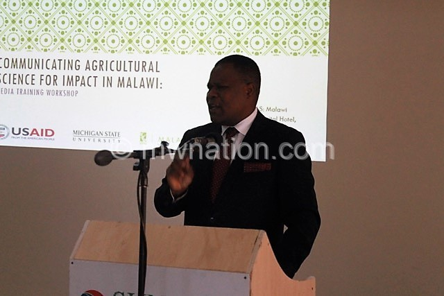 Director of Agriculture Research Services Wilkson Makumba makes a speech 1 1 | The Nation Online