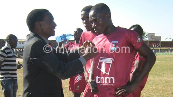 Chitipa United rope in Kayira