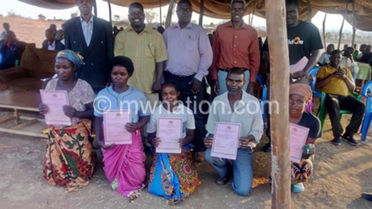 K1 000 pay demotivates  adult literacy teachers