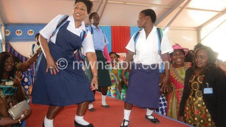 First Lady wears school uniform to inspire girls