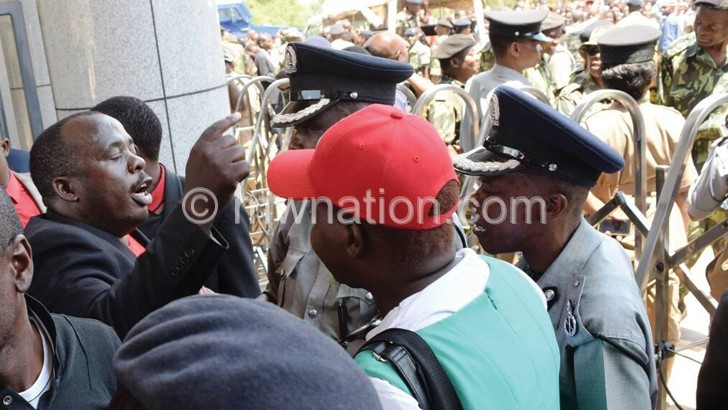 New MPs sworn-in, police block MCP supporters